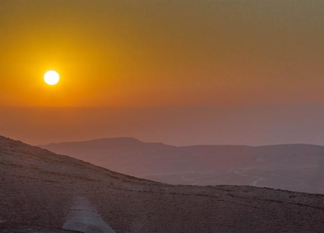 israel-desert-sunrise